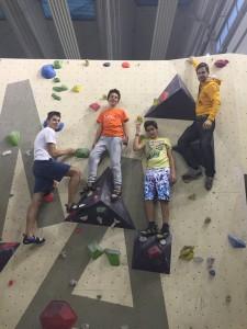 encadrement escalade en salle ©Globe Climber