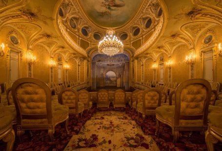 Même en photo, on ne se lasse pas d'admirer le théâtre impérial du château.…