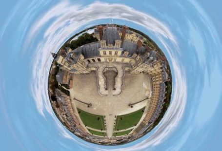 Fontainebleau Tourisme shared their post