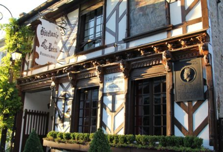 Fontainebleau Tourisme shared J'aime mon patrimoine's post