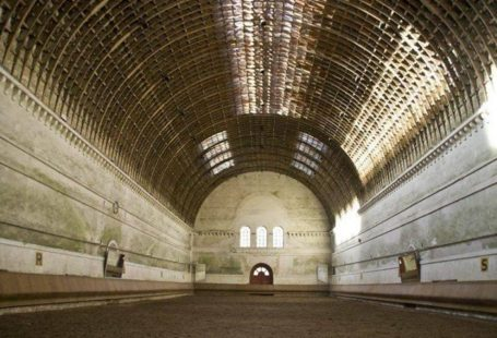 Visite commentée de l'environnement exceptionnel de l'EME L'Office de tourisme du pays de Fontainebleau…