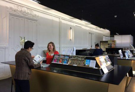 Découvrez le nouvel Office de Tourisme du Pays de Fontainebleau, 4 Place de la…