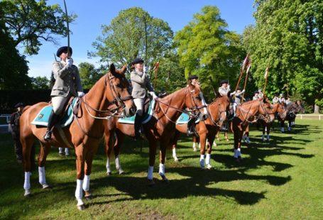 La tradition équestre célébrée à l'Ecole Militaire d'Equitation. Un évènement qui démontre l'attachement de…
