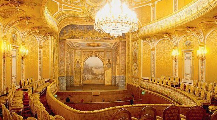 Majestueux. Le théâtre impérial du château de Fontainebleau, ouvre ses portes au public après…
