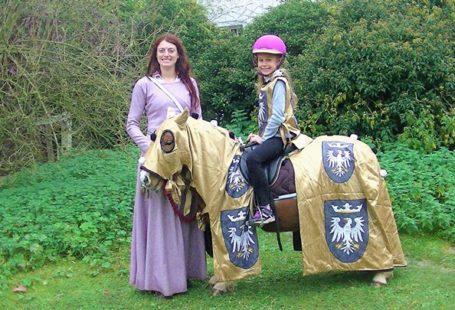 Passion Cheval, Passion Royale au #château de Fontainebleau! Pour les futurs chevaliers et princesses,…